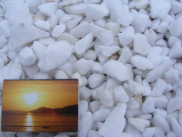 Kamień ozdobny liagran śnieżny 8-16mm,16-32mm
