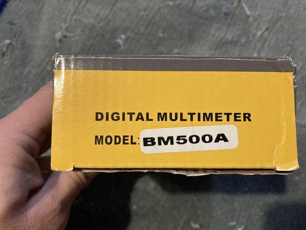 Medidor de isolamento BM500A