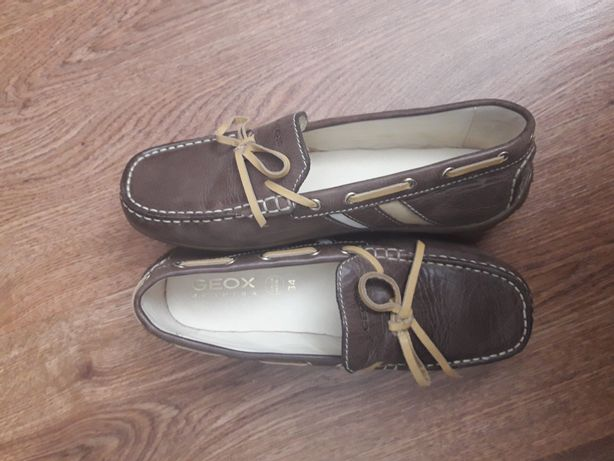 Новые туфли-мокасины Geox. 34