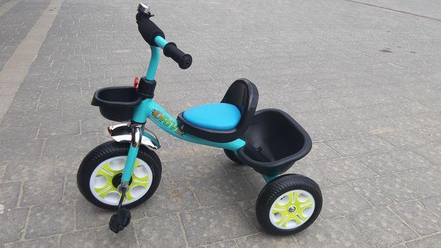 Велосипед дитячий триколісний. На 1,5 - 3,5 роки