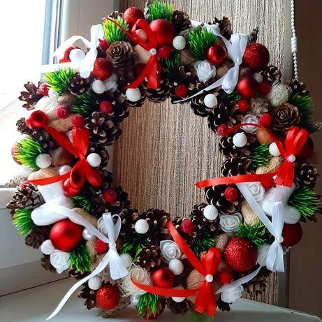 Венки рождественские, новогодний декор