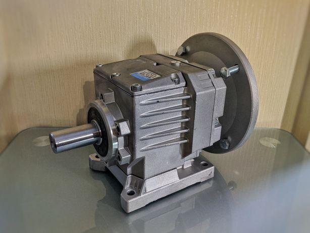 Співвісний мотор-редуктор з гальмом Hydro-Mec, Motovario, Bonfiglioli