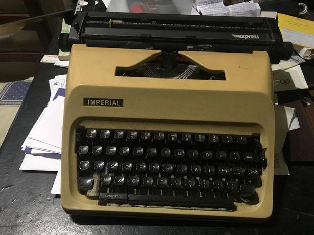 Máquina de Escrever Imperial Express