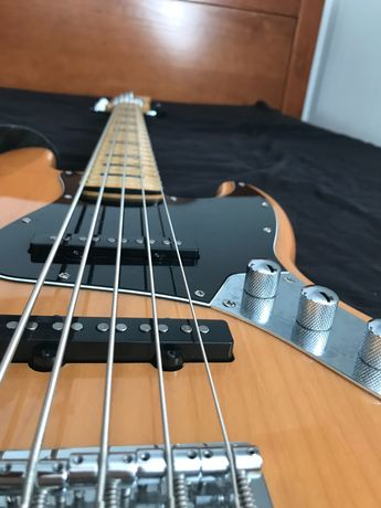 Fender Jazz Bass 5 cordas