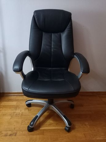 Cadeira Executive Hermes