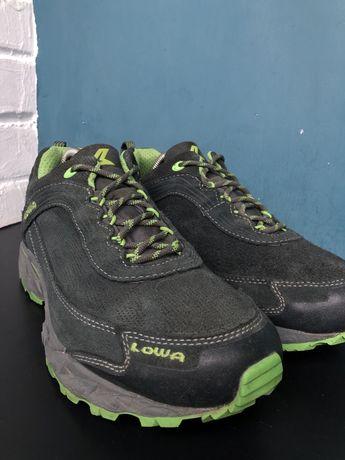 Трекиговые кроссовки lowa s-cloud gtx