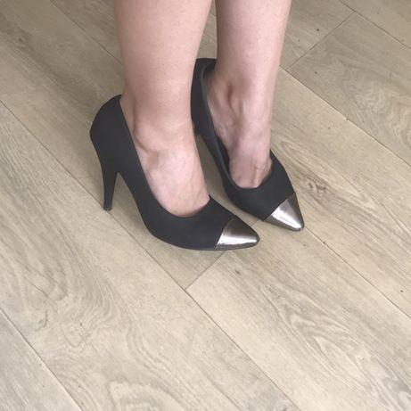 Черные туфли лодочки 36 35