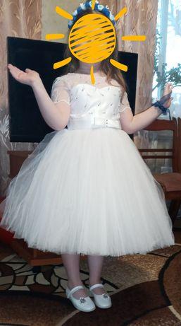 Продам нарядное платье для девочки на Новый год (фея, снижинка)