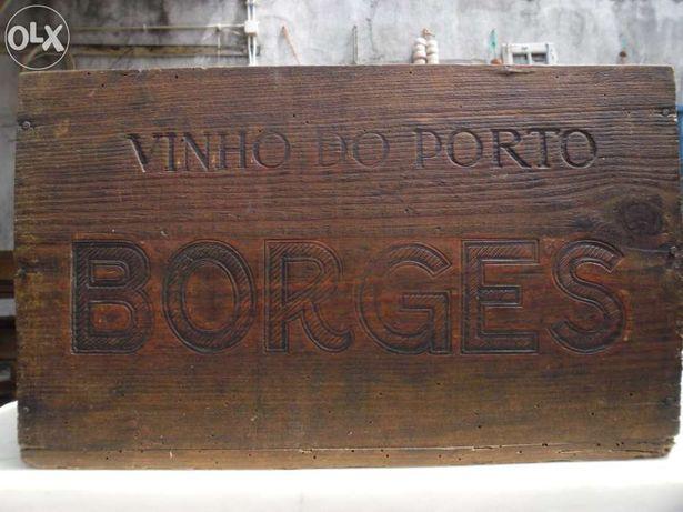 Caixa de Vinho do Porto Borges