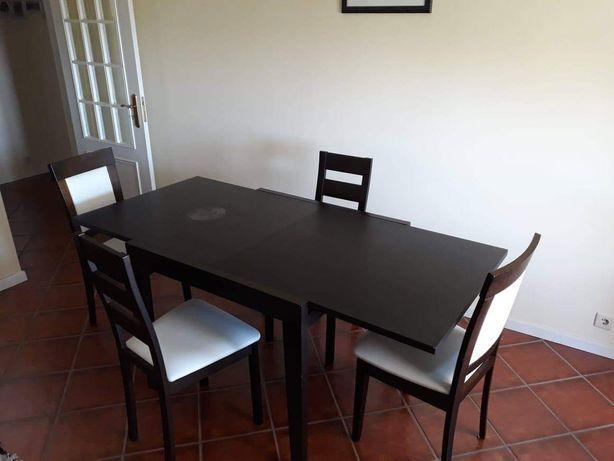 Mesa de sala extensível + 4 cadeiras 90x90 (180X90)