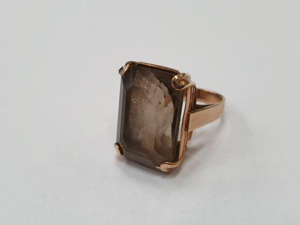 Bardzo duży złoty pierścionek damski/ Kwarc dymny/ 585/ 15.5 g/ R15