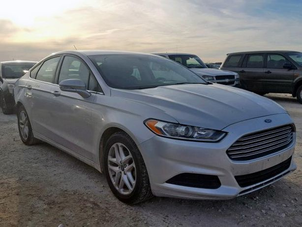 Ford Fusion (Mondeo) SE 2016 (Авто из США)