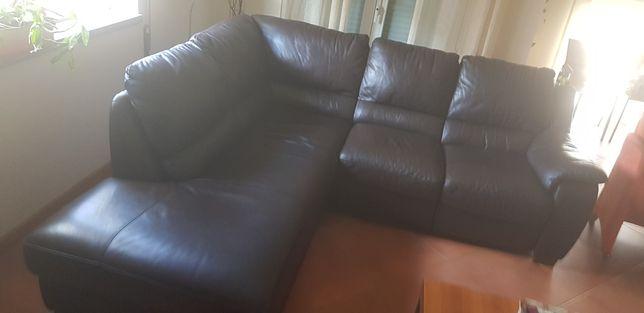 Sofa com chaise longue em pele genuína