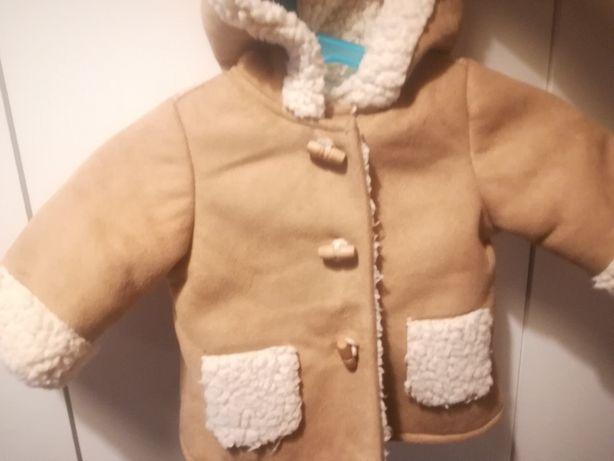Casaco com gola de pêlo da Zara tamanho 3-6 meses
