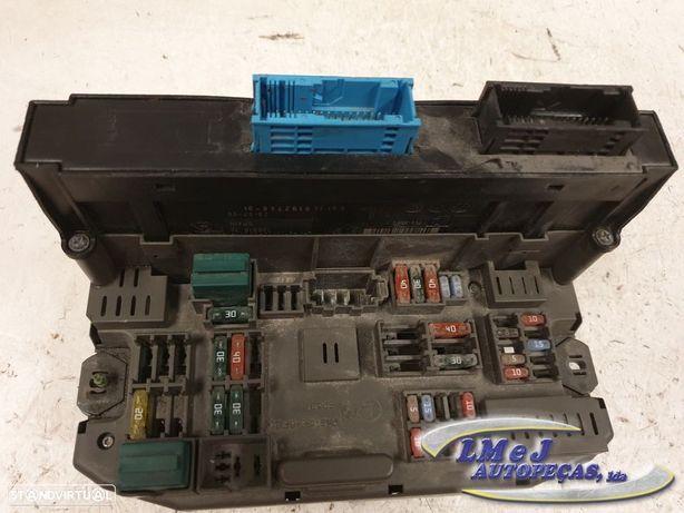 Caixa de fusíveis Usado BMW/X5 (E70)/3.0 d | 02.07 - 09.08 REF. 61359192740-01 /...