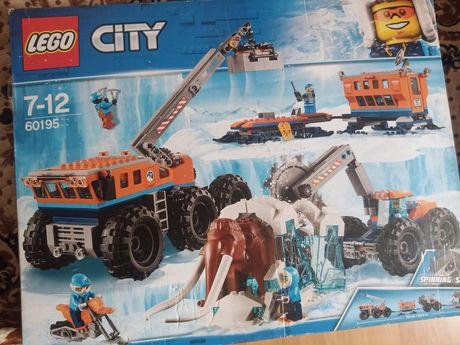 Конструктор LEGO City Arctic Expedition (60195) новый
