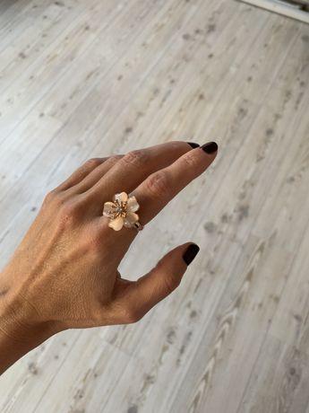 Кольцо в виде цветка, 17 мм