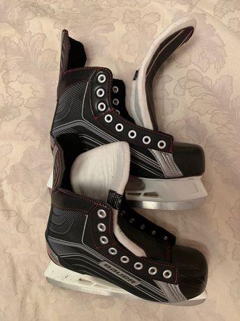 Коньки хоккейные BAUER VAPOR X200 5R Youth