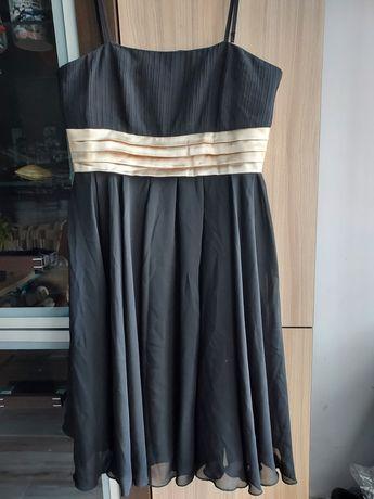 Sukienka czarna wyjściowa