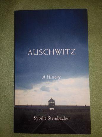 """Książka o Auschwitz pt. """"A history"""" (w języku angielskim)"""