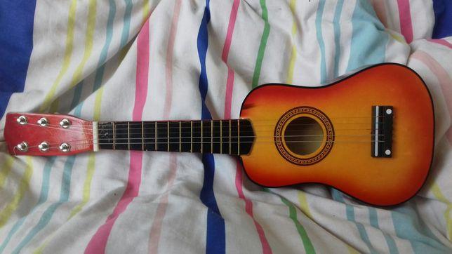 Gitara klasyczna-zabawka