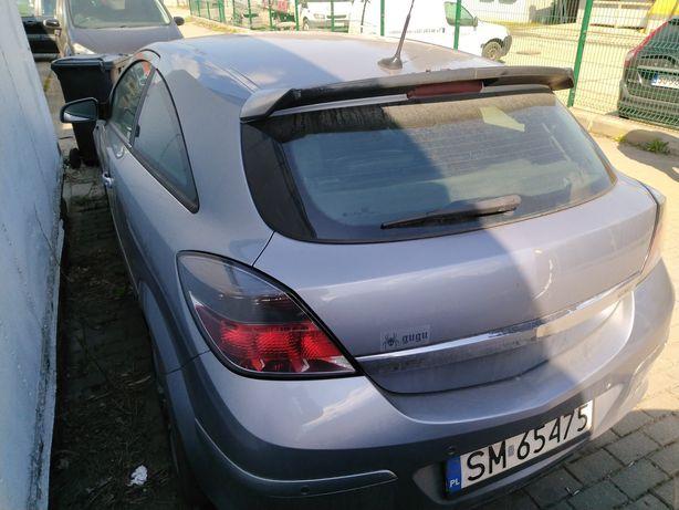 Opel Astra H 1,9 CTDI uszkodzona