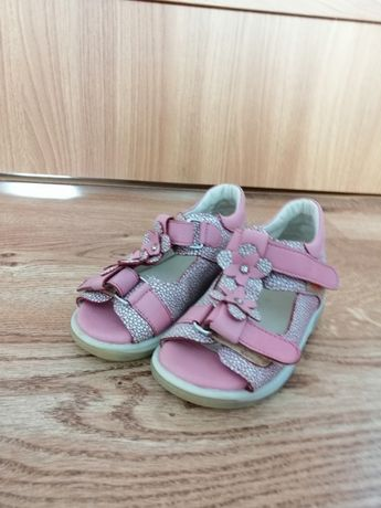 Sandałki Memo model Verona