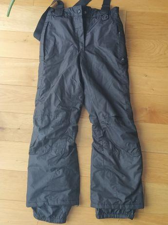 Spodnie na śnieg 134/140