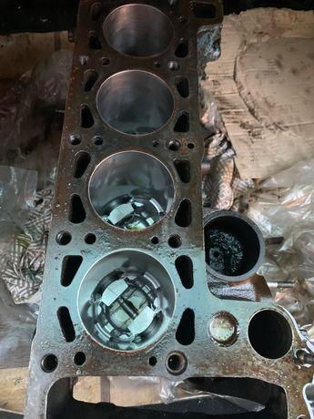 Блок двигателя ваз нива  2103 жигули 76.8