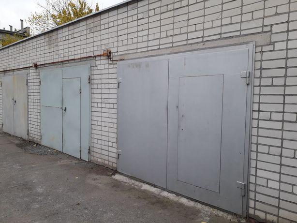 Продам гараж в центре по ул. 1905 года