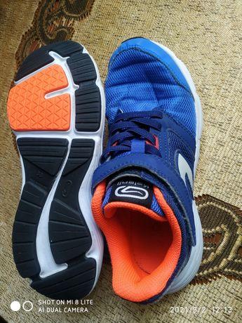 Продам кросівки kalenji
