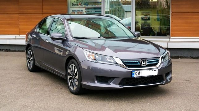 HONDA Accord 9 HIBRID 2015 г