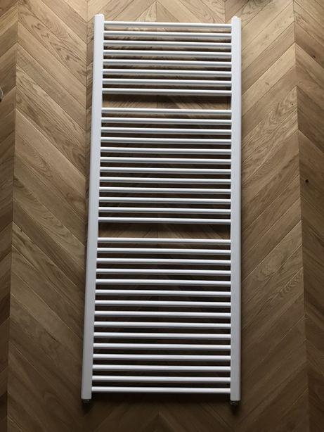 Grzejnik łazienkowy Kermi 150x60 573 W