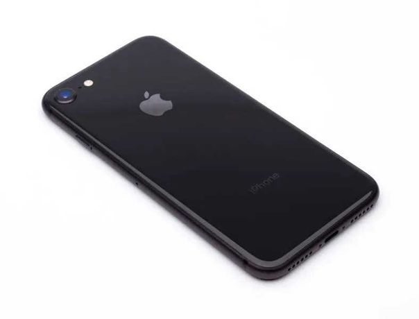 Nowy iPhone 8  64 GB