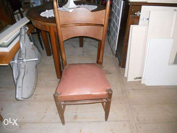 stare solidne krzeslo