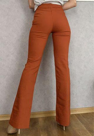Жіночі штани Reserved