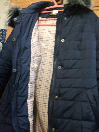 Продам пальто женское на синтепоне зимнее