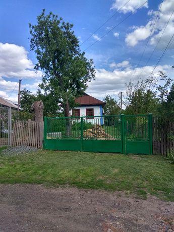 Продам хату. м. Бершадь, вул. Ярослава мудрого 142А