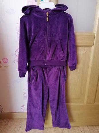 Велюровый костюм для девочки, р. 2-3 года.