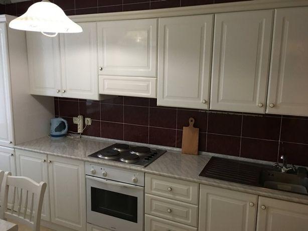 Койко-место в классном хостеле Метро Дворец Украина Общежитие недорого