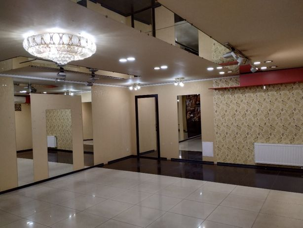 Продаётся магазин с хорошим ремонтом в центре г.Славянск