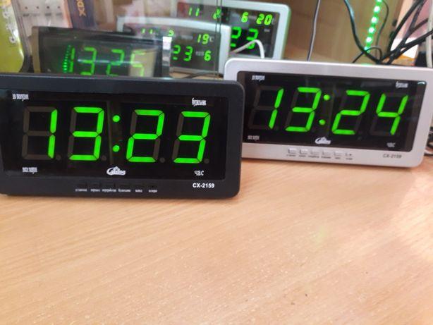 Часы электронные сетевые настенные настольные Caixing 2159
