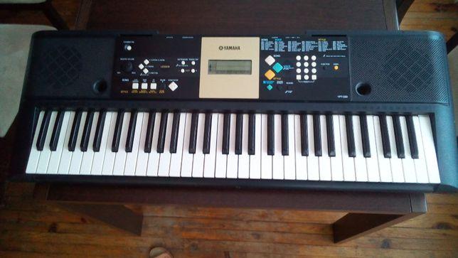 Sprzedam keyboard Yamaha YPT-220