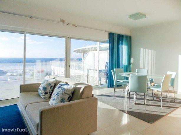 Apartamento T2 duplex, para venda na Praia dEl Rey, Portu...