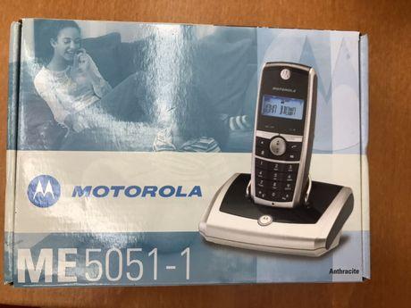 Cyfrowy telefon bezprzewodowy Motorola NOWY
