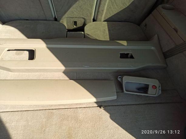Osłona (tapicerka plastikowa) klapy bagażnika Volvo XC90