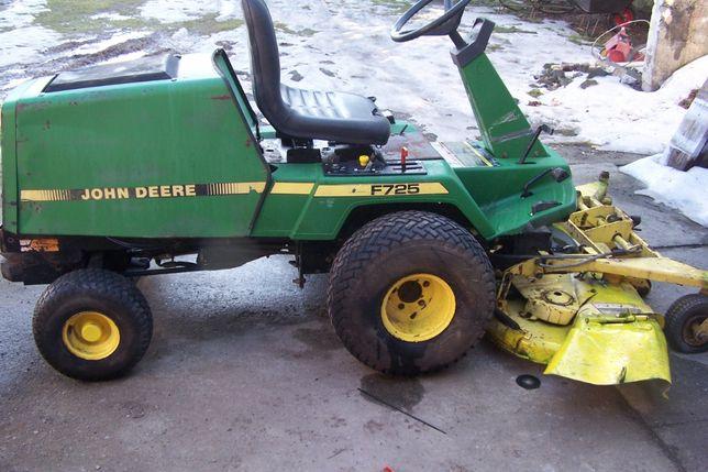 Kosiarka traktorek JOHN DEERE 725