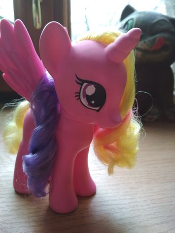 Принцесса Кейденс Hasbro My little pony Р