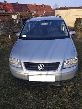 VW Touran 1.9 TDI, uszkodzony silnik, zarezerwowany