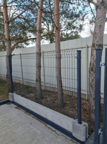 Panele ogrodzeniowe, Panele, Kompletny system ogrodzenia panelowego